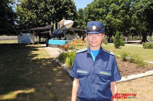 «Самолёта для девочек не будет». Как учатся будущие военные лётчицы.