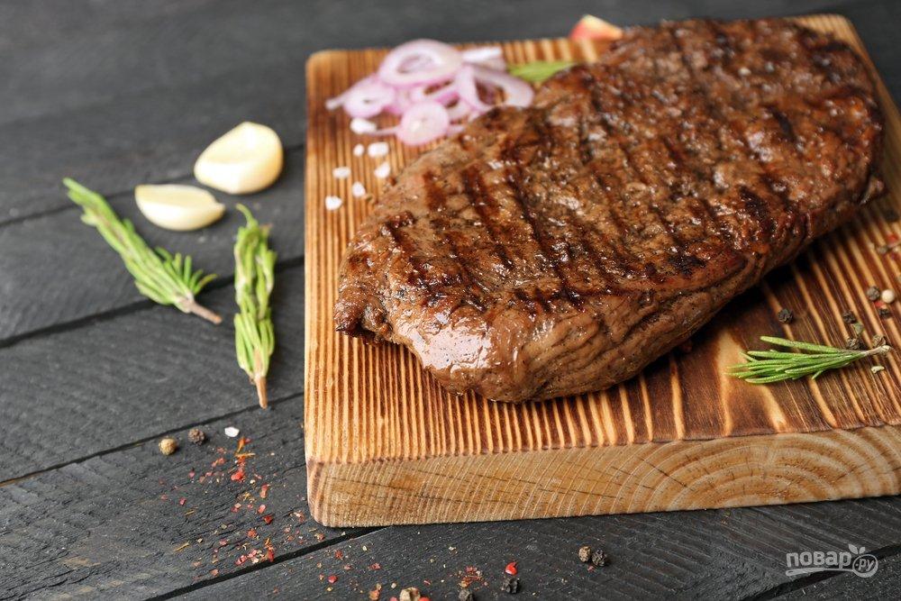 Жареное мясо, стейк