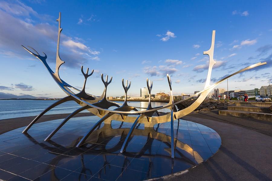 МИР ВОКРУГ. Достопримечательности Исландии. Памятник Sun Voyager