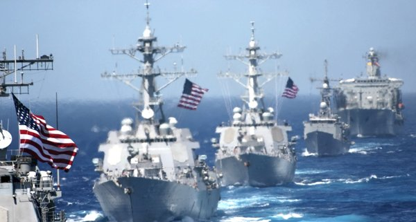 Западная коалиция закончила сборы кораблей для атаки по Сирии. Россия тоже