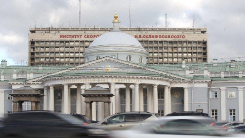 Посетителю ночного клуба в Москве сломали ногу в драке