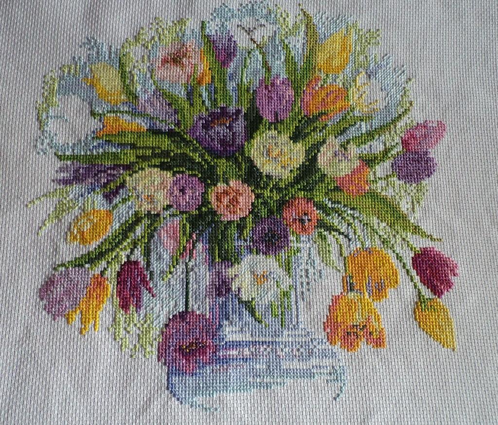 Вышивка тюльпаны акварельные схема