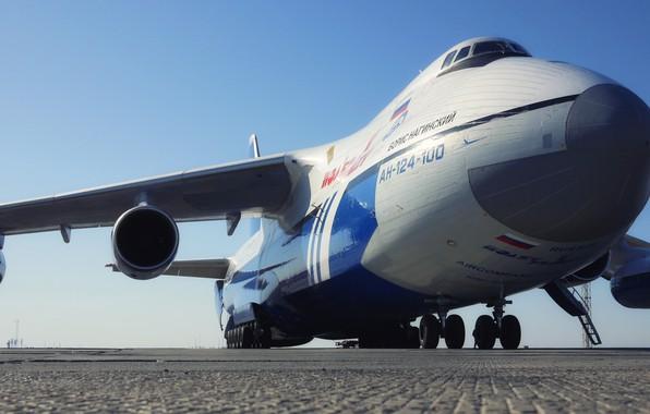 Россия может возобновить выпуск Ан-124 под новым брендом