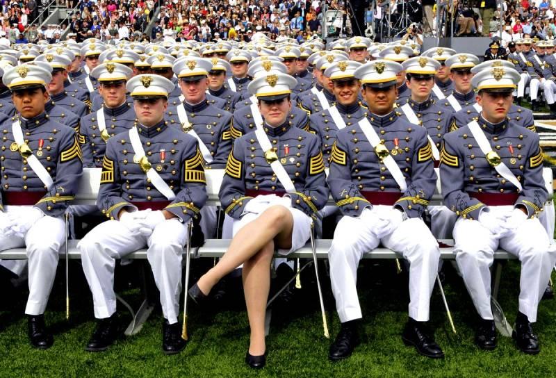 Военные США усиленно учат русский язык. Но почему в Латвии?