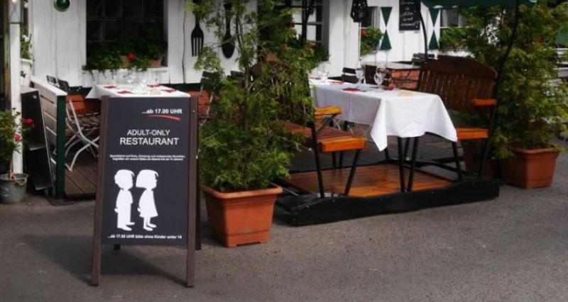 В Германии владелец одного из ресторанов запретил приходить с детьми младше 14 лет