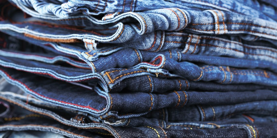 Как выбрать джинсы: шпаргалка для мужчин