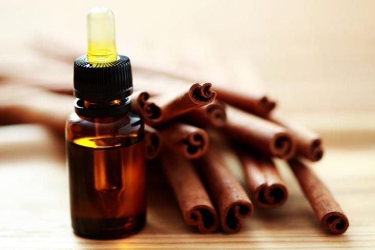 Лечение грибка на ногах при помощи эфирного масла