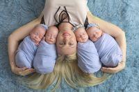 У Елены Гончар три дочки и сын.