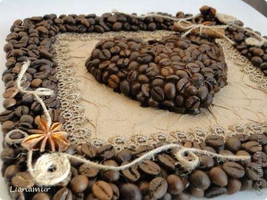 Композиция из кофейных зерен и чашки - Поделки