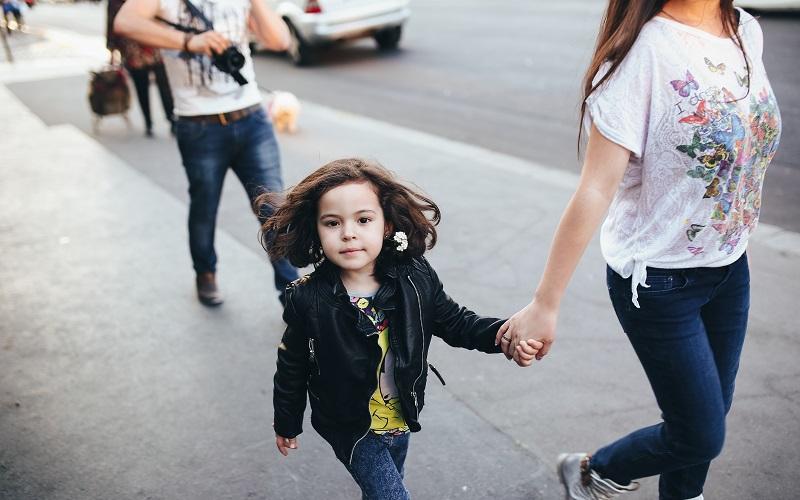 Каким правилам нужно научить ребенка с раннего детства