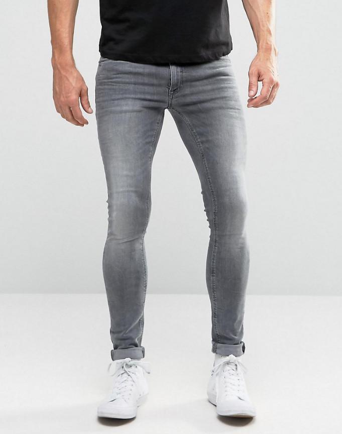 Мужчины,  а вам не стыдно носить подобные штаны?
