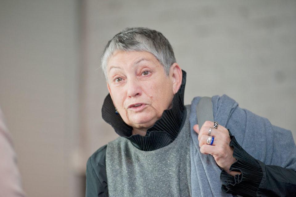 «Россия идет «поперек цивилизационного процесса»: известная писательница унизила россиян