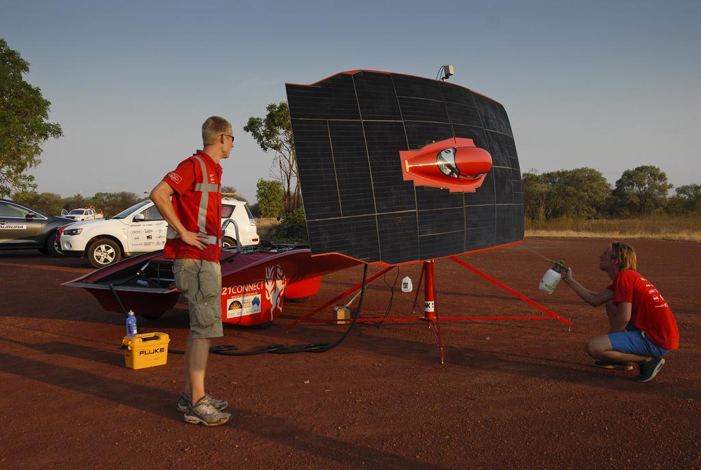 628 Автомобили на солнечной тяге
