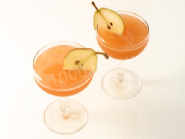 Спиртные напитки. Грушевый коктейль