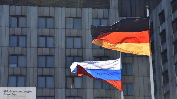 «Попали под американскую дубинку»: Рар раскрыл неудобную правду о том, почему Германия дружит с РФ