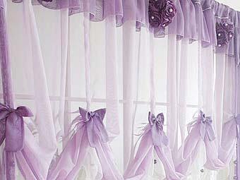 Романтичные шторы для вашей кухни: нежный и красивый дизайн.