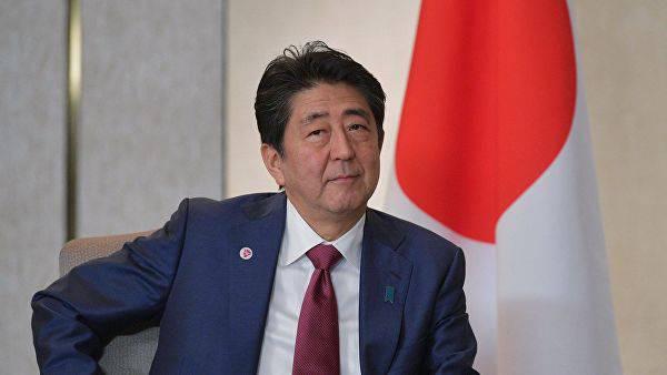 Синдзо Абэ обещает России мирный договор, хотя понятно, что островов Японии не видать