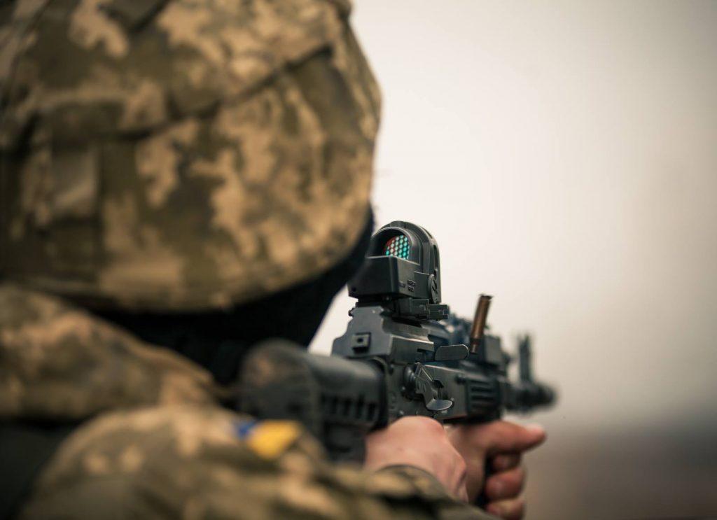 Боевикам ВСУ выдали американские «снайперки» для провокаций — ЛНР