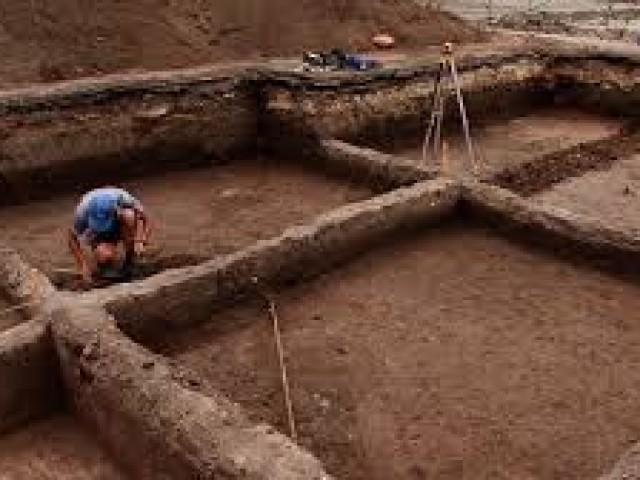 Город мёртвых: археологи обнаружили уникальные артефакты XIV века в ростовском некрополе.