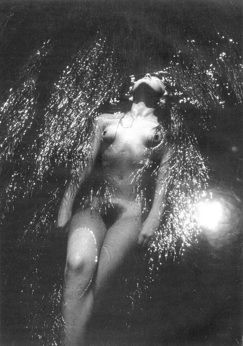 «Цветы среди цветов» Римантаса Дихавичюса – первые фотографии ню в СССР 8