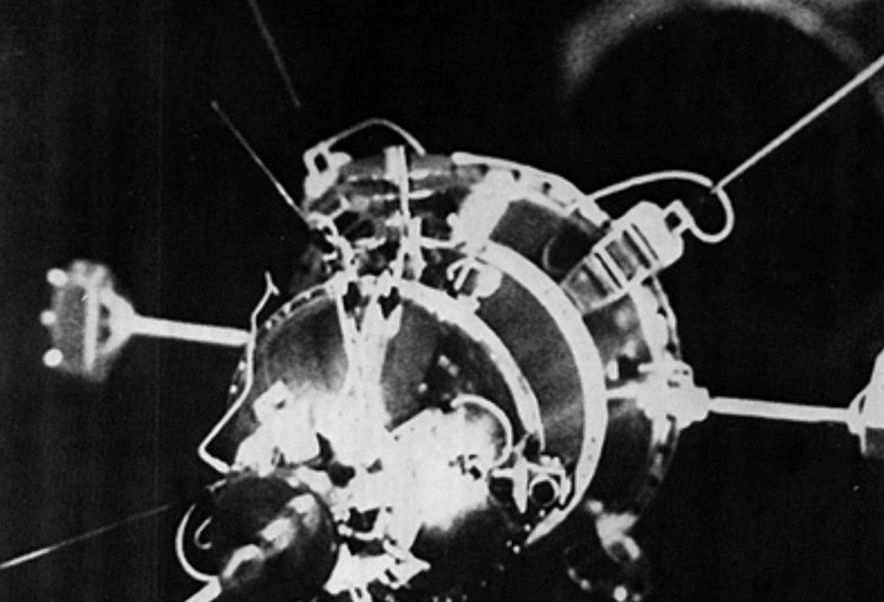 Страницы истории: ядерный реактор из космоса на голову империалистам