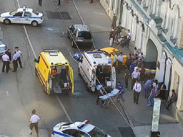 Стало известно, почему таксист врезался в толпу людей в Москве