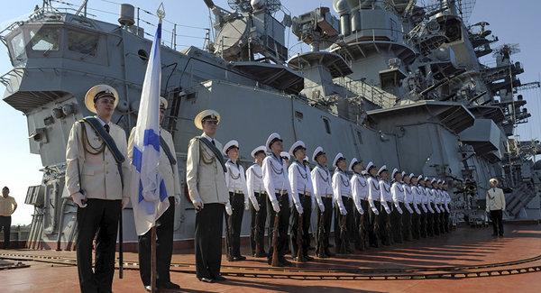 База ВМФ в Тартусе: Россия берет под контроль Суецкий канал