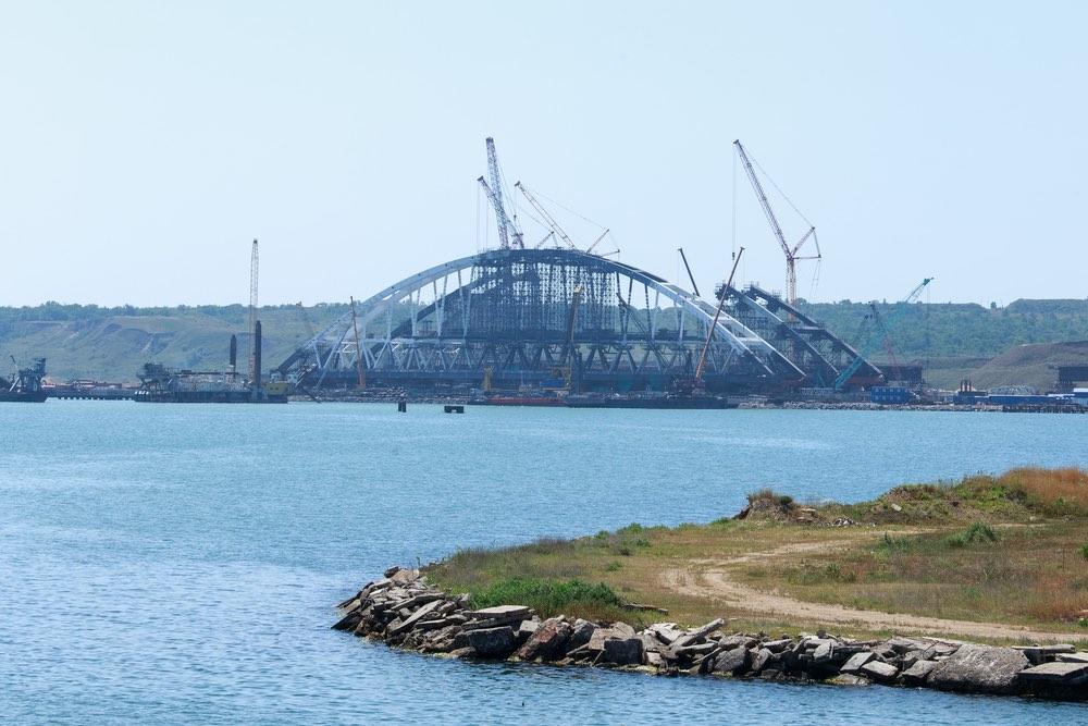 Тупиковая методичка: злопыхатели рассказали о «бесполезности» Керченского моста