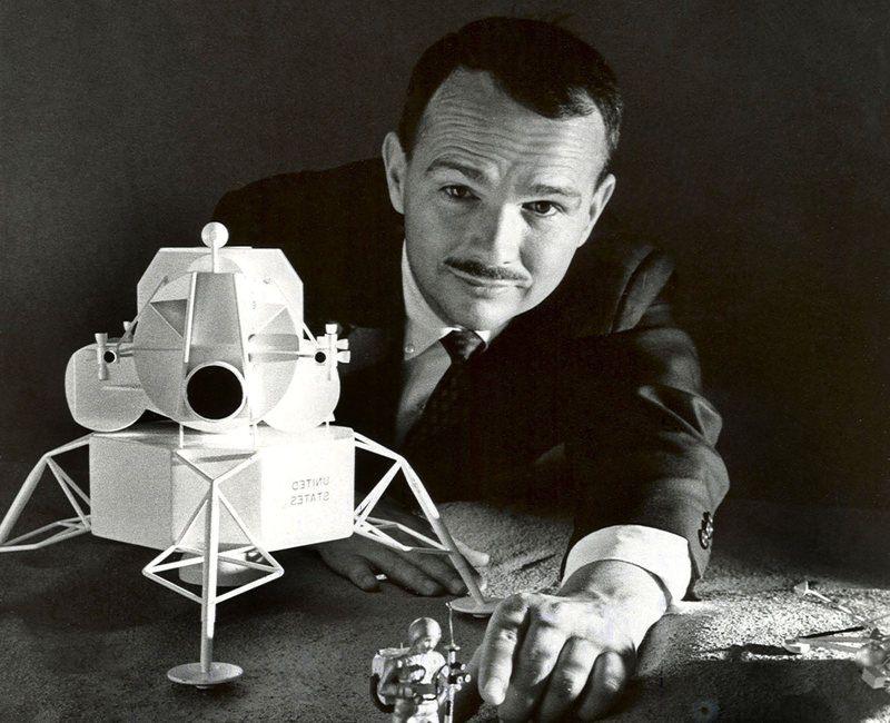 Юджин Шумейкер – единственный человек, похороненный на Луне