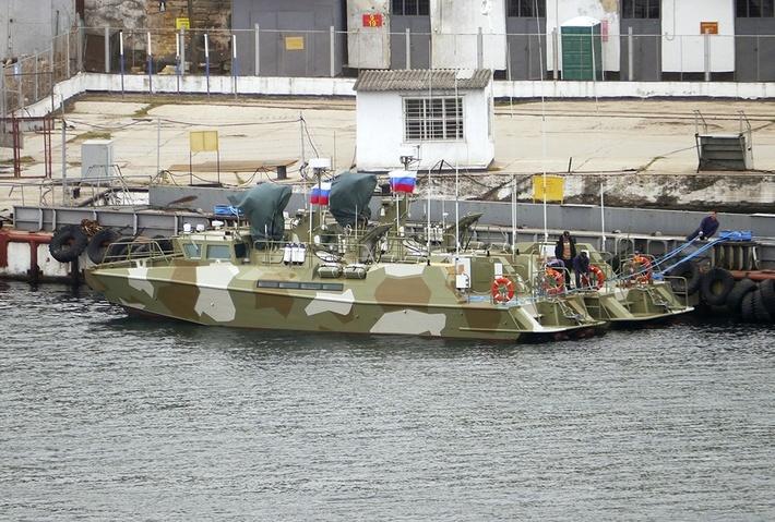 Два новых катера «Раптор» доставлены в Севастополь