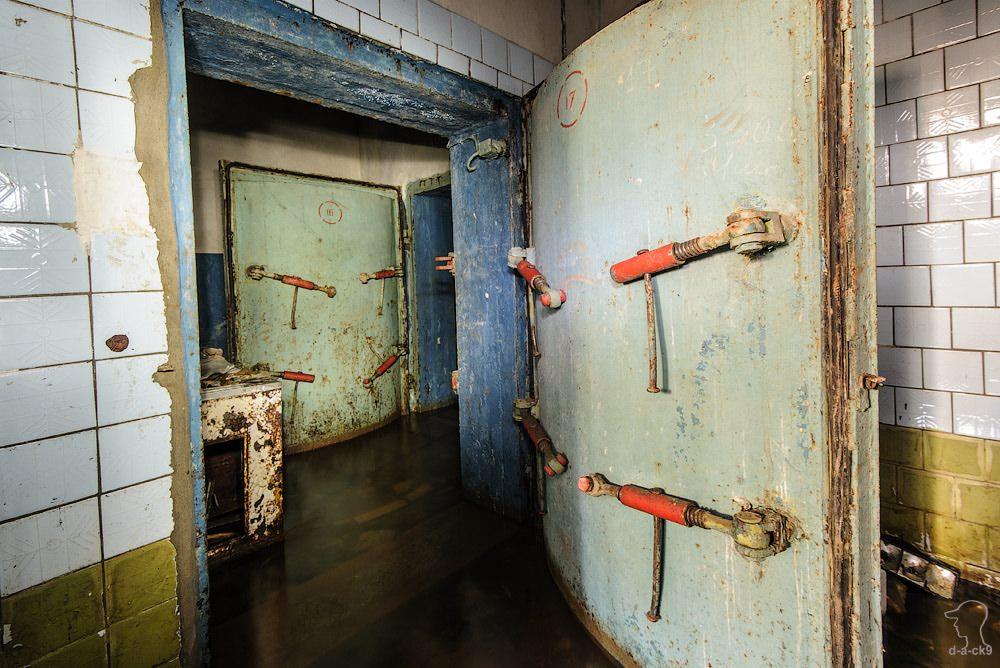 Заброшенный бункер связи. Фоторепортаж