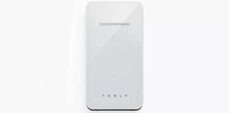 Tesla выпустила беспроводную зарядку для смартфонов