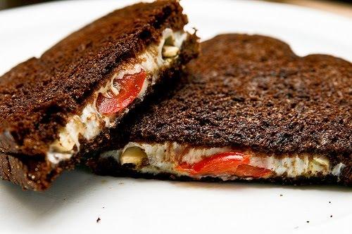 ЛЮБИМЫЙ ЗАВТРАК. Бутерброд по-итальянски