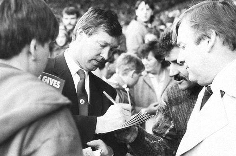 008 Алекс Фергюсон: Самый титулованный тренер Манчестер Юнайтед