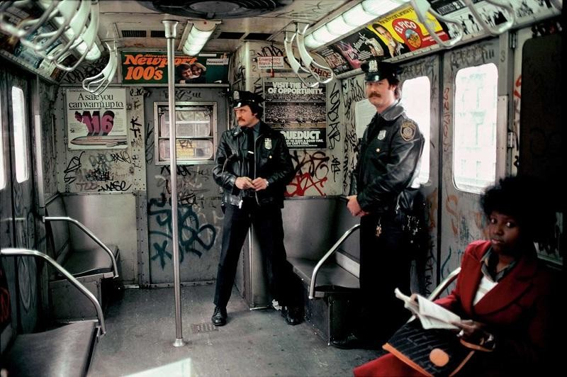 Теория разбитых окон. Как Нью-Йорк перестал быть самым криминальным городом Америки интересно, нью-йорк, страны и города