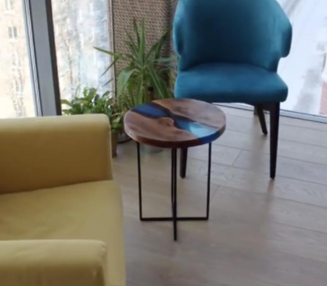 Металл + дерево + эпоксидная смола = журнальный столик