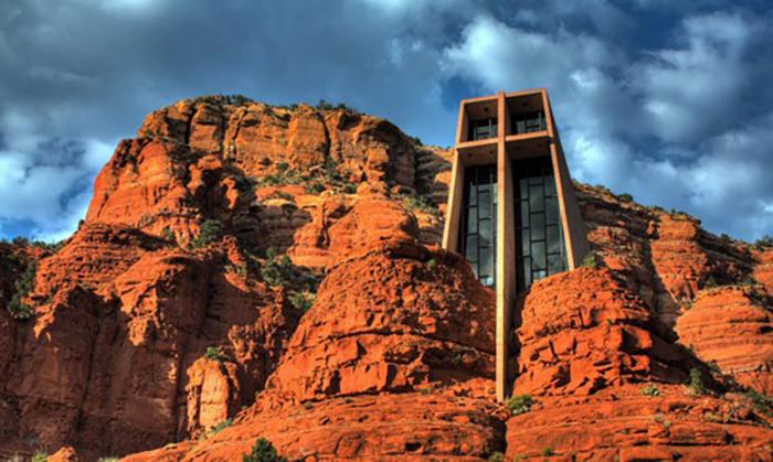 Храмы, которые стали эксклюзивными образцами современной архитектуры