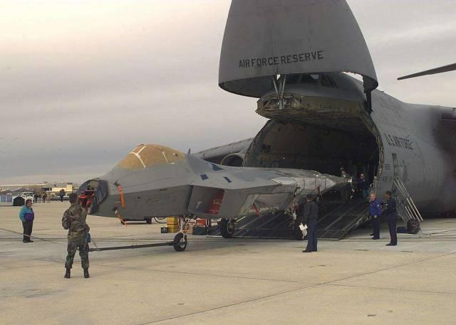 Почему F-22 оставили умирать…