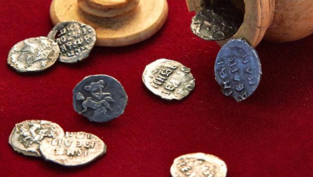 В Москве археологи обнаружили клад времен Ивана Грозного
