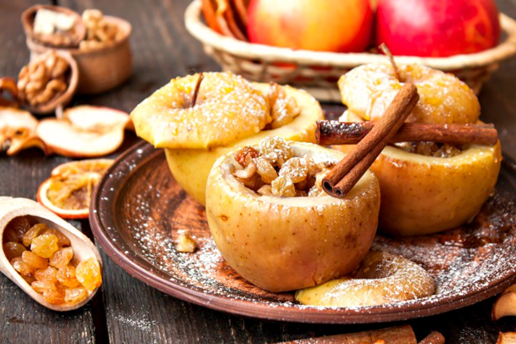 3 простых рецепта печеных яблок