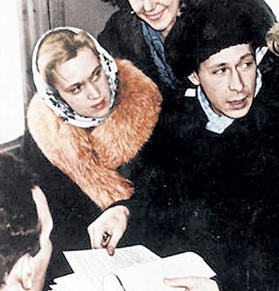 Картинки по запроÑу олег Ефремов и его женщины