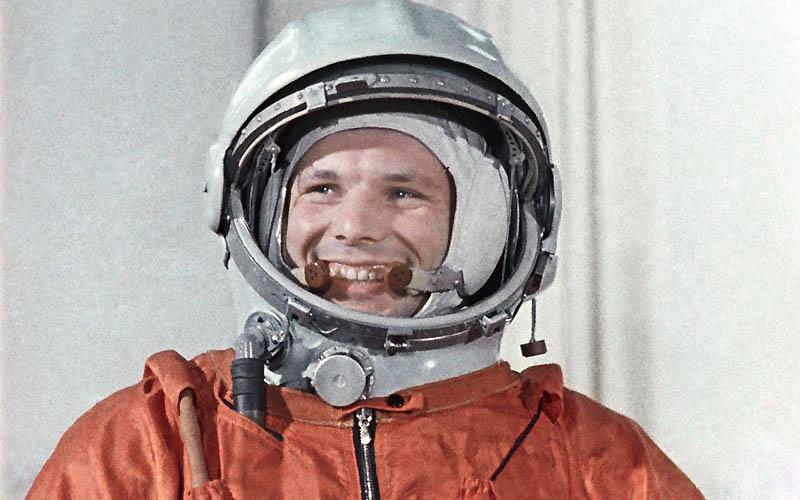 485 Советская и российская космические программы