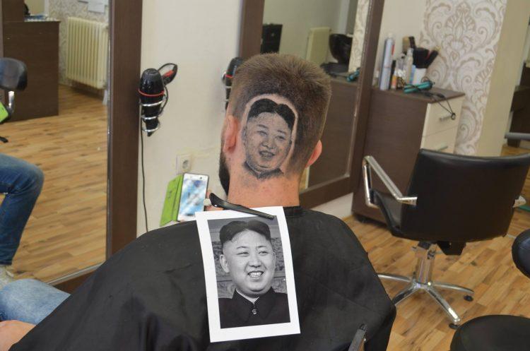 Портрет вождя на затылке: сербский парикмахер прославился благодаря Ким Чен Ыну