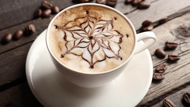 можно ли пить кофе с молоком на ночь