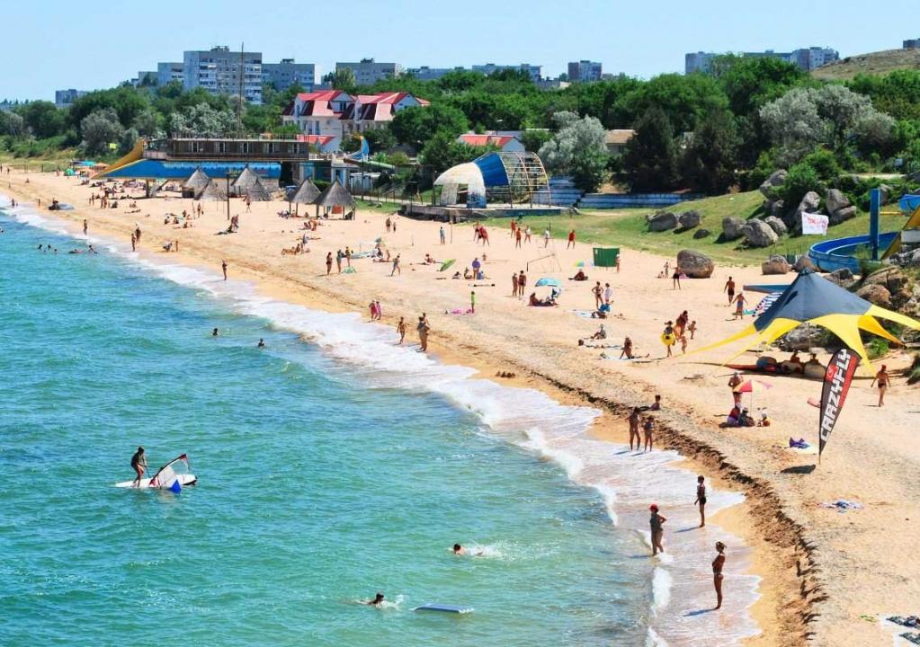 Отдых на курортах тёплого и солнечного Азовского побережья