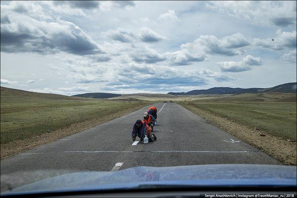 Маразм по-монгольски. Как наносят разметку на дорогах