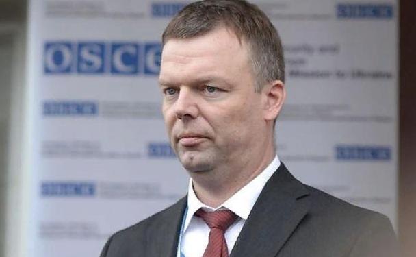 """На Украине объявили Хуга """"сторонником агрессора"""""""