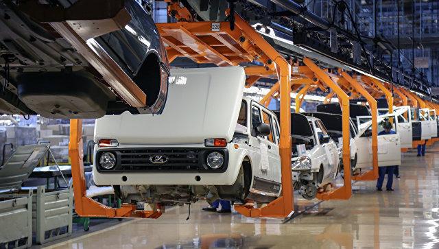 """""""АвтоВАЗ"""" повысил цены на Lada в среднем на 2,5%"""