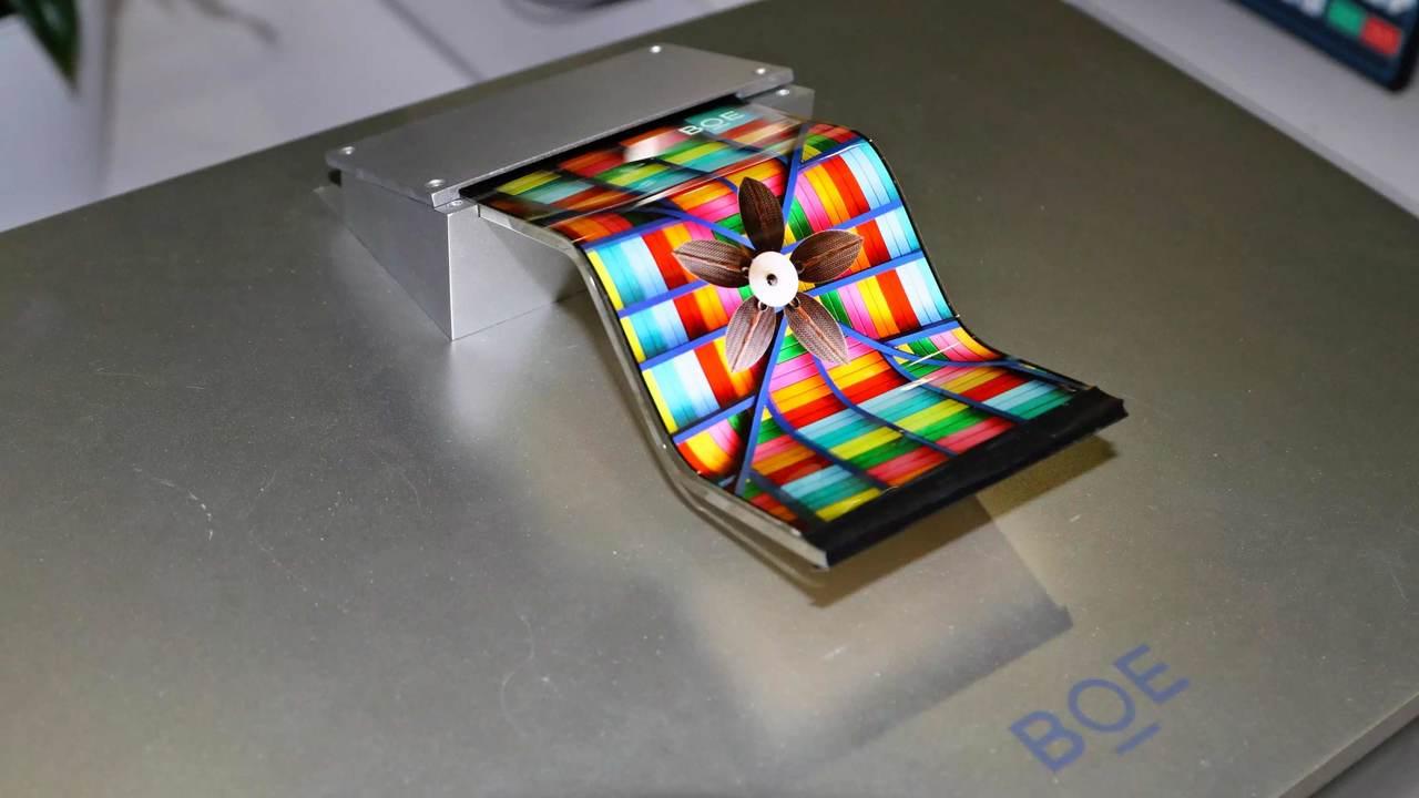 Huawei выпустит сгибаемый см…