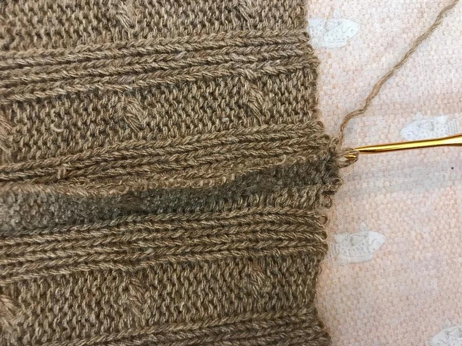 Обработка припусков швов в изделии из объемного вязаного трикотажа 3